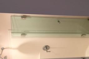Bi-fold Shower Enclosure (6)